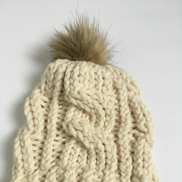 31f6d85db Handmade Cream Women's Cable Knit Hat NWT